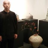 伊藤文夫氏と自然釉大壺(無情迅速)